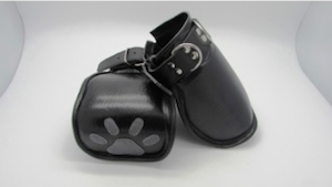 Puppy Paw Mittens by Hot Steel Toys