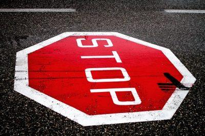 stop-2660762_640